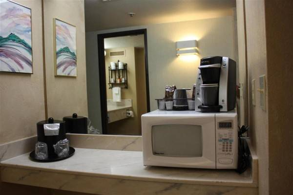 Hotel Ramada by Wyndham Viscount Suites Tucson East