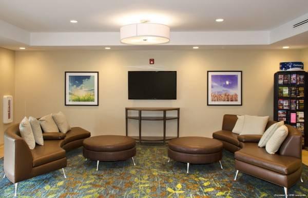 Hotel Candlewood Suites LANCASTER WEST