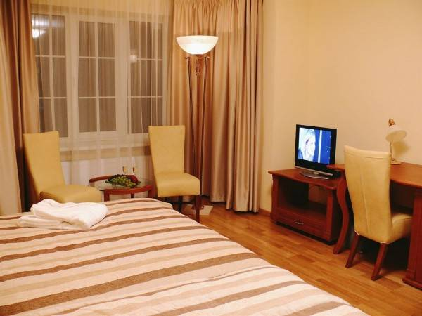 Hotel Poilsis Jums - Guest House