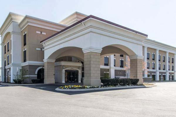 Hotel Comfort Suites Smyrna