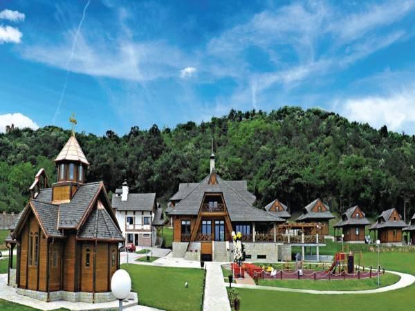 Etno hotel Vrdnička kula