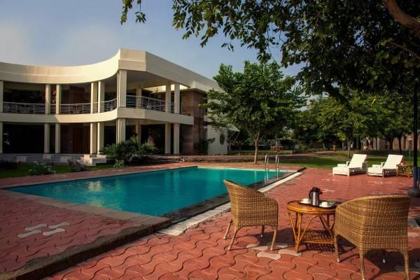 Hotel The Chitvan Resort