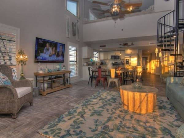 Hotel Pipers Run 8 3 Br condo by RedAwning