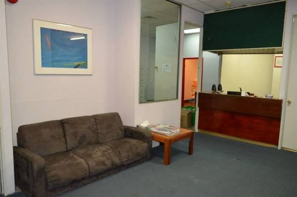 Hotel Wombat Backpackers