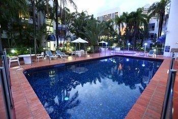 Hotel St Tropez Apartments