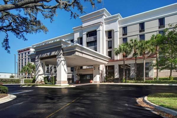 Hampton Inn - Suites Lake Mary At Colonial Townpark FL