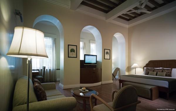 Hotel Taj Connemara Chennai