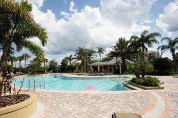 Hotel close to Orlando Convention Center 3 Br condo by RedAwning