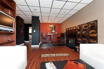 Hotel Commercial Drive Accommodations