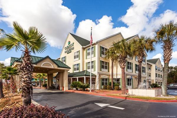 COUNTRY INN SUITES HINESVILLE