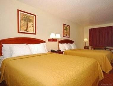 Hotel SUPER 8 SAN ANTONIO AT I-10