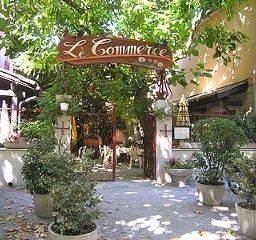 Hotel Le Commerce Logis
