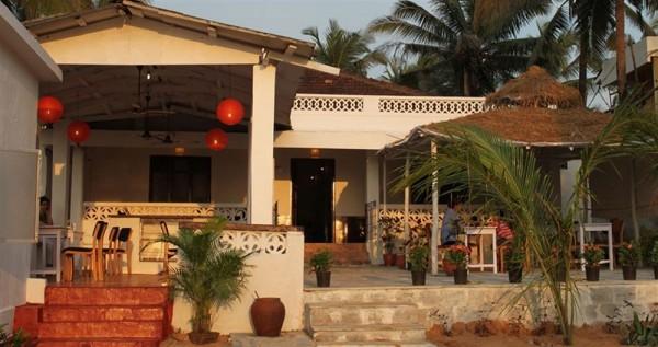 Hotel Ocean View Goan Beach House