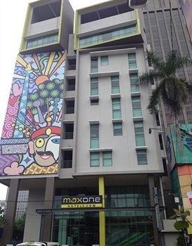 MaxOneHotels at Sabang - Jakarta