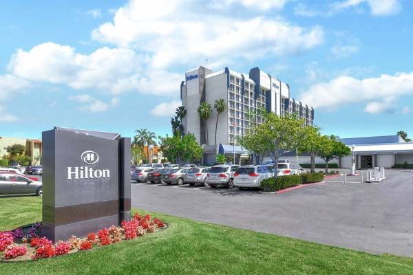 Hotel Hilton Irvine-Orange County Airport