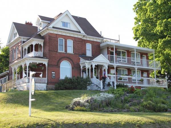Hotel Niagara Grandview Manor