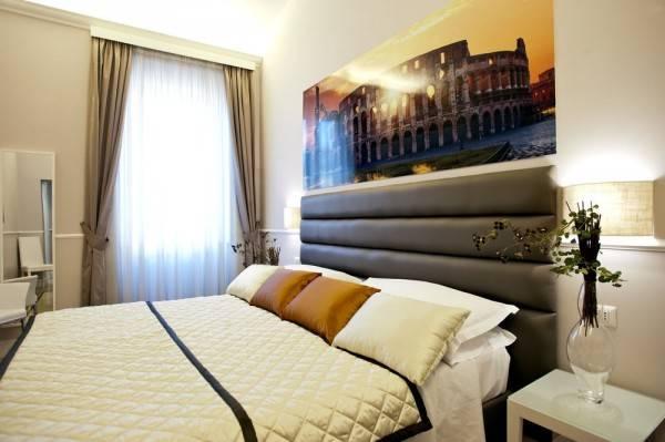 Hotel Rooms in Navona