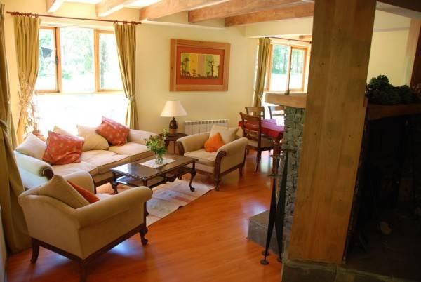 Hotel Lodge Landhaus Pucon