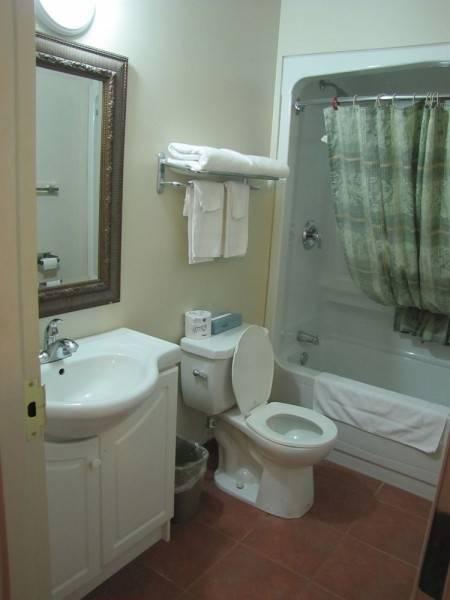 Valley Inn Motel & Suites