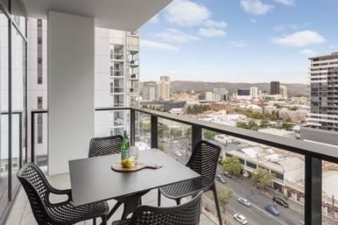 Hotel Avani Adelaide Residences