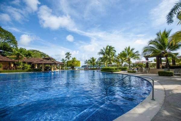 Hotel Stay In CR Los Sueños Condos