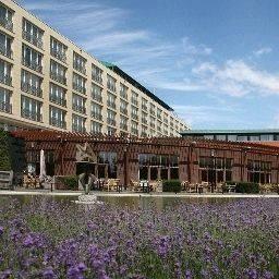 Van der Valk Hotel Maastricht (Free Entrance Wellness Center)