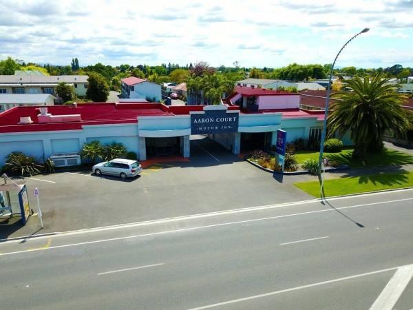 Aaron Court Motor Inn