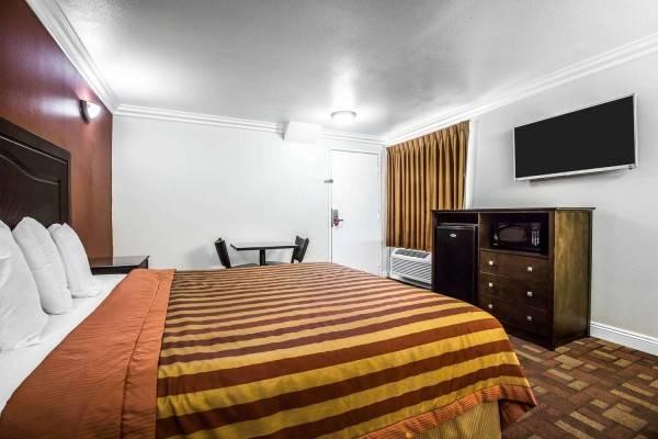 Hotel Econo Lodge Pico Rivera