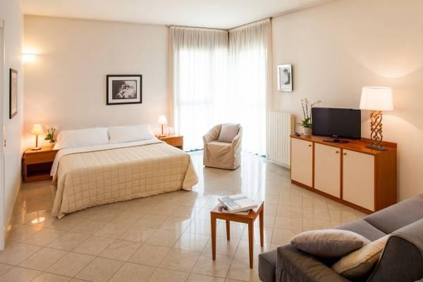 Cosmo Hotel Torri