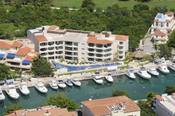Hotel Aventuras Club Marina