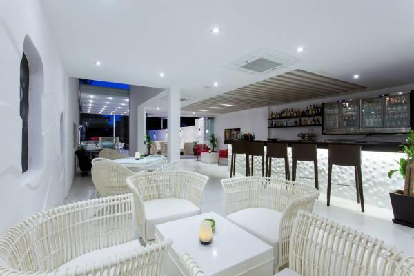 Hotel Centara Grand Phratamnak Pattaya
