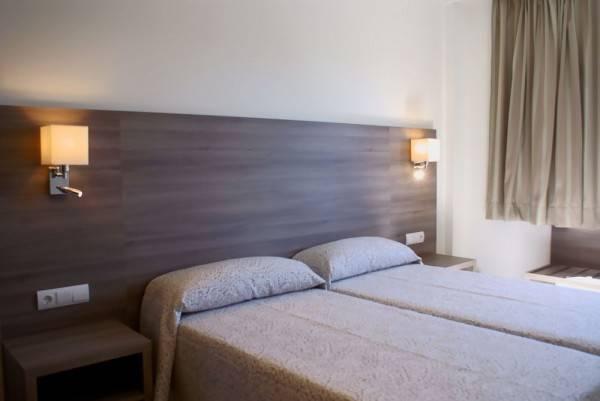 Hotel Apartamentos Tres Torres