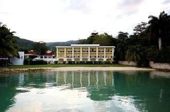 Hotel Syrynity Palace