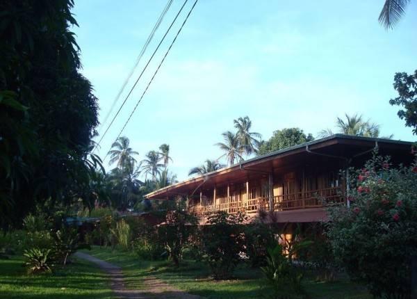 Hotel Miss Junies Lodge