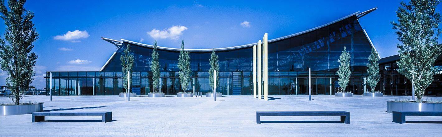 HRS Preisgarantie mit Geld-zurück-Versprechen: Günstige Hotels an der Messe Stuttgart ✔ Geprüfte Hotelbewertungen ✔ Kostenlose Stornierung ✔ Mit Businesstarif 30% Rabatt
