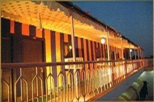 Hotel Nirwana Palace