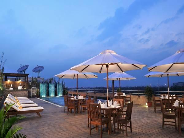 Hotel Gurugram Lemon Tree Premier 2