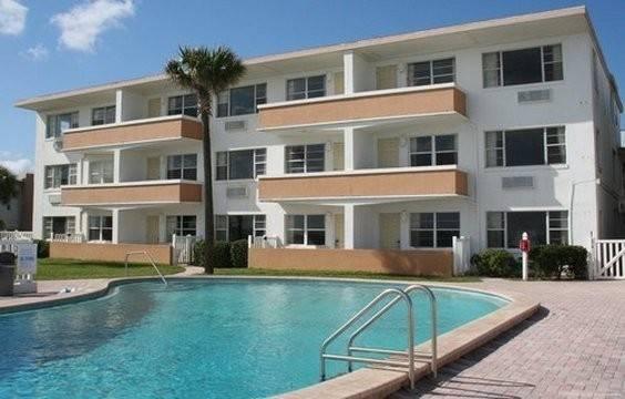 Hotel Driftwood Beach Resort