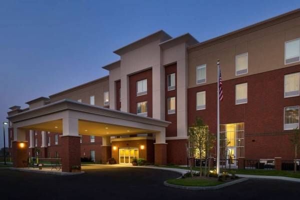 Hampton Inn - Suites - Syracuse-Carrier Circle NY