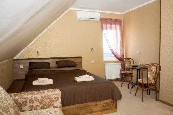 Hotel Tri Kota