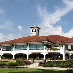 Hotel Orchid Country Club