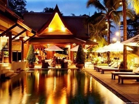 Hotel Baan Yin Dee Boutique Resort