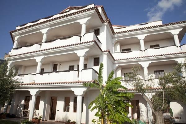 Arenas Hotel