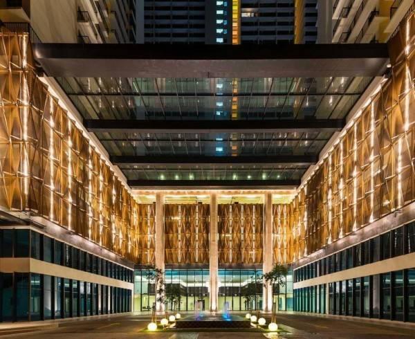 Hotel De Houz - Trefoil Setia Alam Home Stay