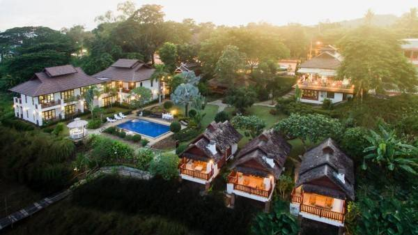 Hotel Gin's Maekhong View Resort & Spa
