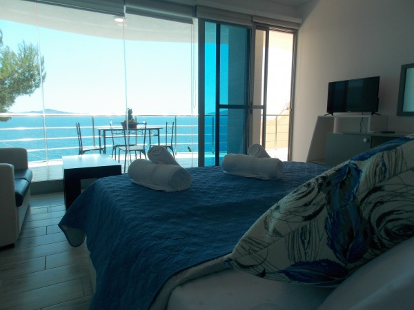 Hotel Oceanic Overview Suites