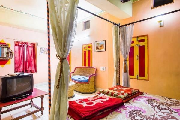 Govind Hotel