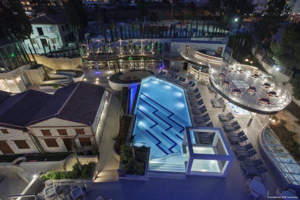 Hotel DoubleTree by Hilton Kusadasi