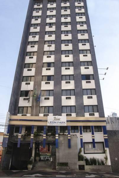 Leon Park Hotel e Convenções