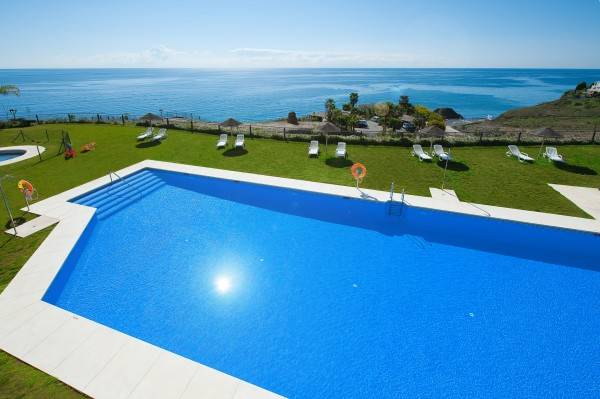 Hotel Olée Nerja Holiday Rentals by Fuerte Group
